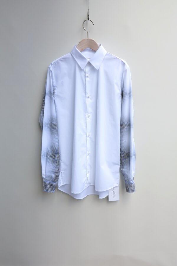 Regular Fit Shirt w. Check Print Sleeves