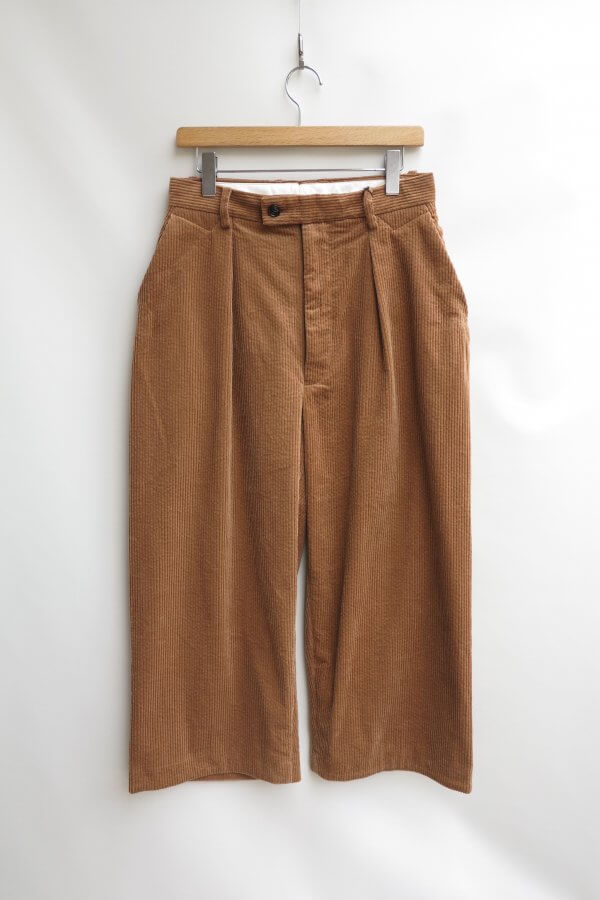 SIDE DIRTS POCKET WIDE PANTS