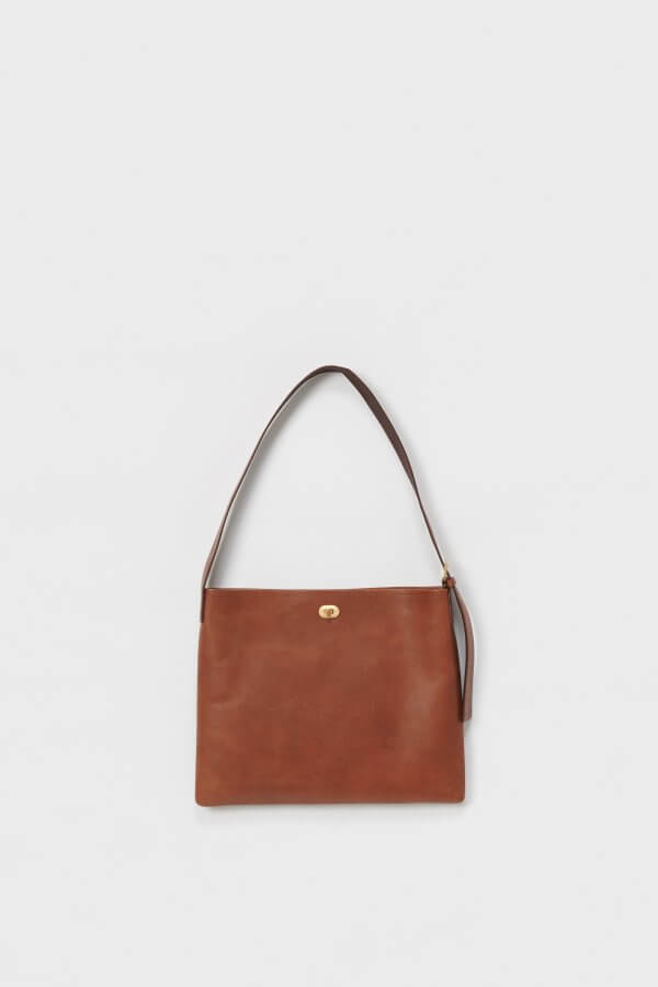 twist buckle bag M