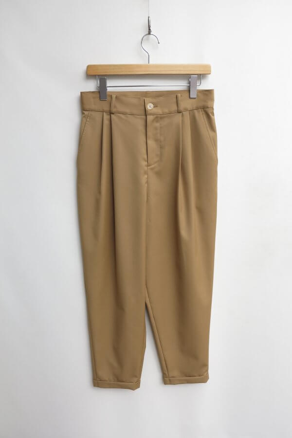 2Tuck Tapered Pants1
