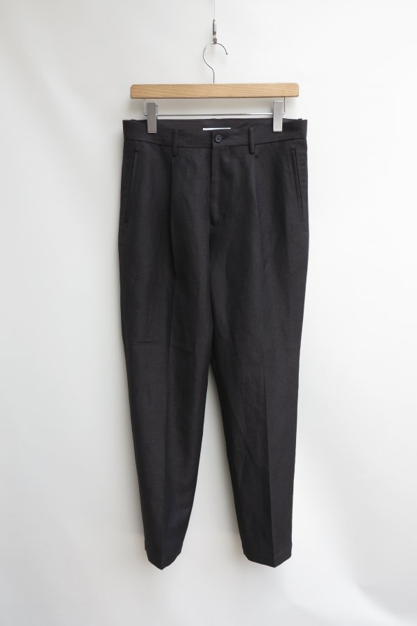 Out Tuck Chambray Twill Trousers