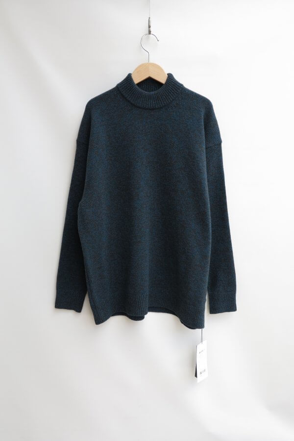 SILTE MOULINE OVERSIZED MOCKNECK SWEATER