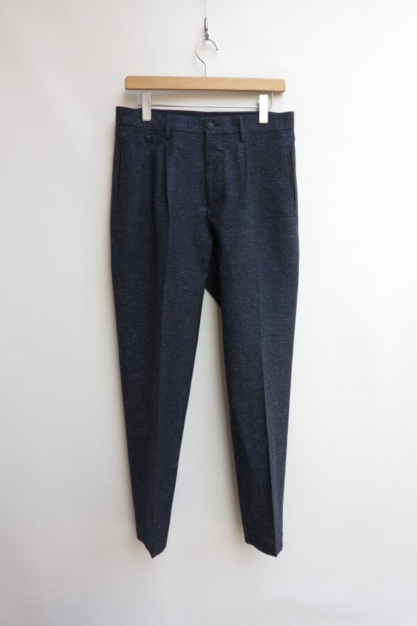 1 Tuck Slim Trousers A